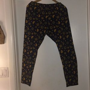 NWT Sz 2X navy and gold leggings